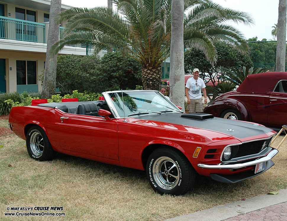 the gallery for gt red and black mustang convertible