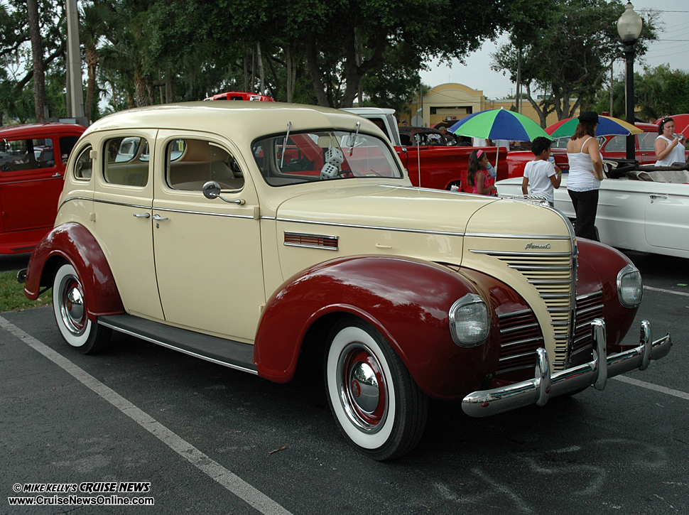 20th anniversary saturday nite cruise at old town mike for 1939 plymouth 2 door sedan
