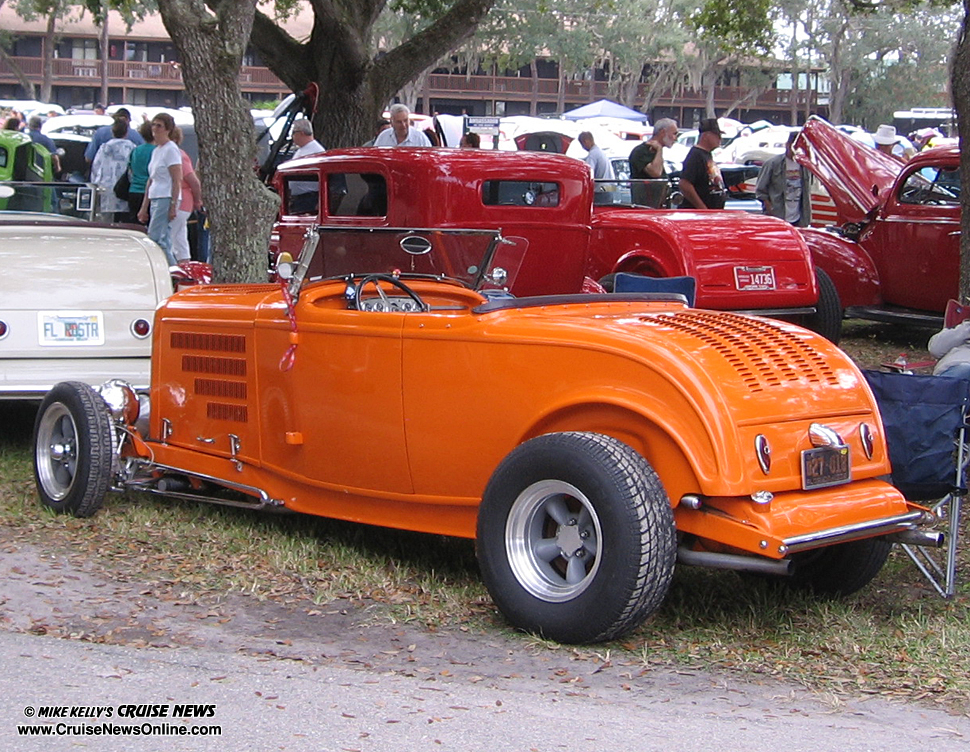 River ranch rod run mike kelly 39 s cruise news for Garage ford orange